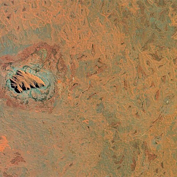 Снимки из космоса: Как люди осваивают и разрушают планету — Репортаж на Look At Me
