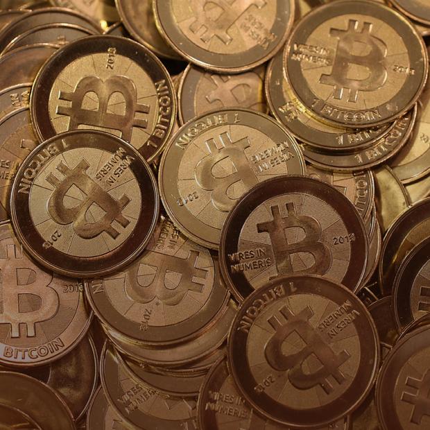 Почему биткоин снова дорожает