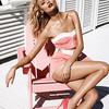 Магдалена Фраковяк на пляже для Vogue Paris