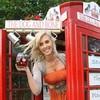 Жители английской деревни открыли паб в телефонной будке