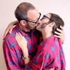 Видео: Терри Ричардсон целует Хлое Севиньи для Candy