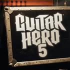 Playboy рекламирует Guitar Hero 5