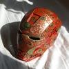Дауни-младшему в Москве подарили шлем, расписанный под хохлому