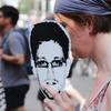 Сноуден просит продлить его пребывание в России