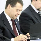 Президенту нравится iPad и другая «серая» техника