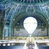 Карл Лагерфельд воссоздал парижские улицы для Biennale des Antiquaires