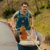Вышел трейлер инди-комедии «Повелитель лавин»