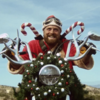 Санта устраивает реванш The Killers в клипе I Feel It In My Bones