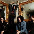 Трек: The Dead Weather — «Gasoline»