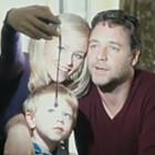 «В ближайшие три дня» Рассел Кроу спасает жену