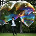 Самый большой в мире мыльный пузырь