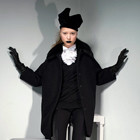 Новые коллекции: Acne, Dior, Moschino, Viktor & Rolf