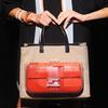 Карл Лагерфельд выпускает коллекцию к юбилею сумки Fendi Baguette