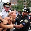 Как PR-акция полиции Нью-Йорка обернулась катастрофой