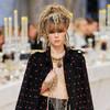 Chanel показали пре-осеннюю коллекцию