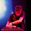 Новый альбом Джона Хопкинса можно послушать в сети
