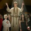 Боуи представил клип с Марион Котийяр и Гэри Олдменом
