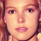 Девушка с обложки судится с Vampire Weekend