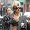 Леди Гага стала колумнистом V