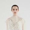 Ин Гао создал платья, которые светятся, когда на них смотрят