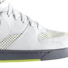 Новые модели Nike: RT1 Premium и Air Royal Mid VT
