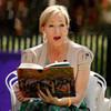 Обложка новой книги Джоан Роулинг вызвала вопросы у читателей