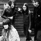 The Dead Weather: Treat Me Like Your Mother