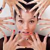American Apparel судятся с производителем лака для ногтей