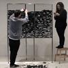 Лондонский художник создал дисплей из пультов ДУ