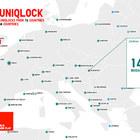 Uniqlock – часы, танцы, кашемир