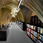 Книжный магазин в стенах католической церкви
