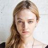 Новые лица: Кейлин Хилл
