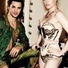 Кристен Стюарт позирует в Париже в одежде «от кутюр»