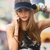 Alberta Ferretti, DKNY и Moschino показали новые кампании