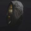 Исландский дизайнер сделал кольцо из собственной кожи