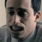 Человек без губ в рекламе гигиенической помады Chapstic