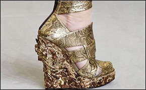 Walking in my shoes: 10 тенденций обуви весны-лета 2011