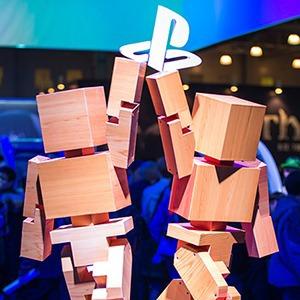 Косплей, киберспортсмены, PS4 и Xbox One на выставке «ИгроМир-2013»