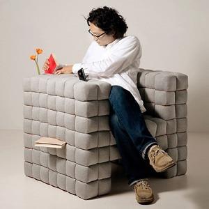 Объект желания: кресло, в котором можно хранить книги