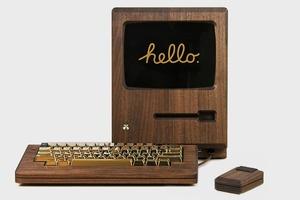Дизайнер сделал из дерева копию компьютера Apple 1984 года