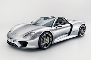 Видео: как собирают Porsche 918 Spyder