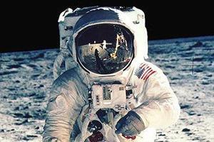 NASA выложили онлайн фотоисторию миссии «Аполло»