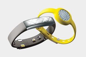 Jawbone показала два новых фитнес-трекера