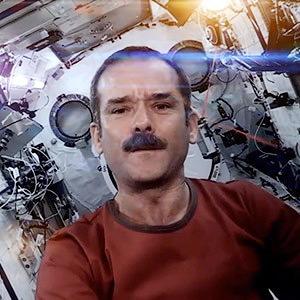 5 неожиданных уроков Криса Хадфилда по выживанию в космосе