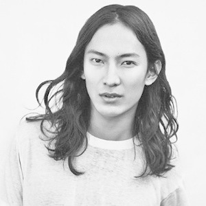 Александр Вэнг — креативный директор Balenciaga: За и против