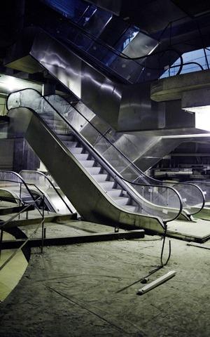 «Три четыре»: Фоторепортаж с репетиции оперы в подвале Москва-Сити