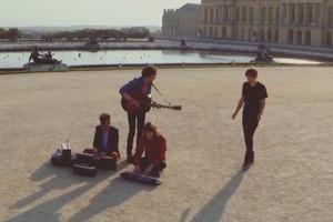 Phoenix сняли клип в Версале с помощью беспилотника