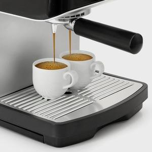 Кофе нужно пить рано утром?