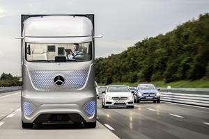 Появились новые фотографии автономного грузовика Mercedes-Benz