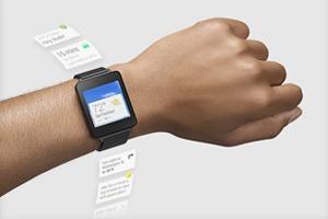 Google показала рабочие эскизы Android Wear
